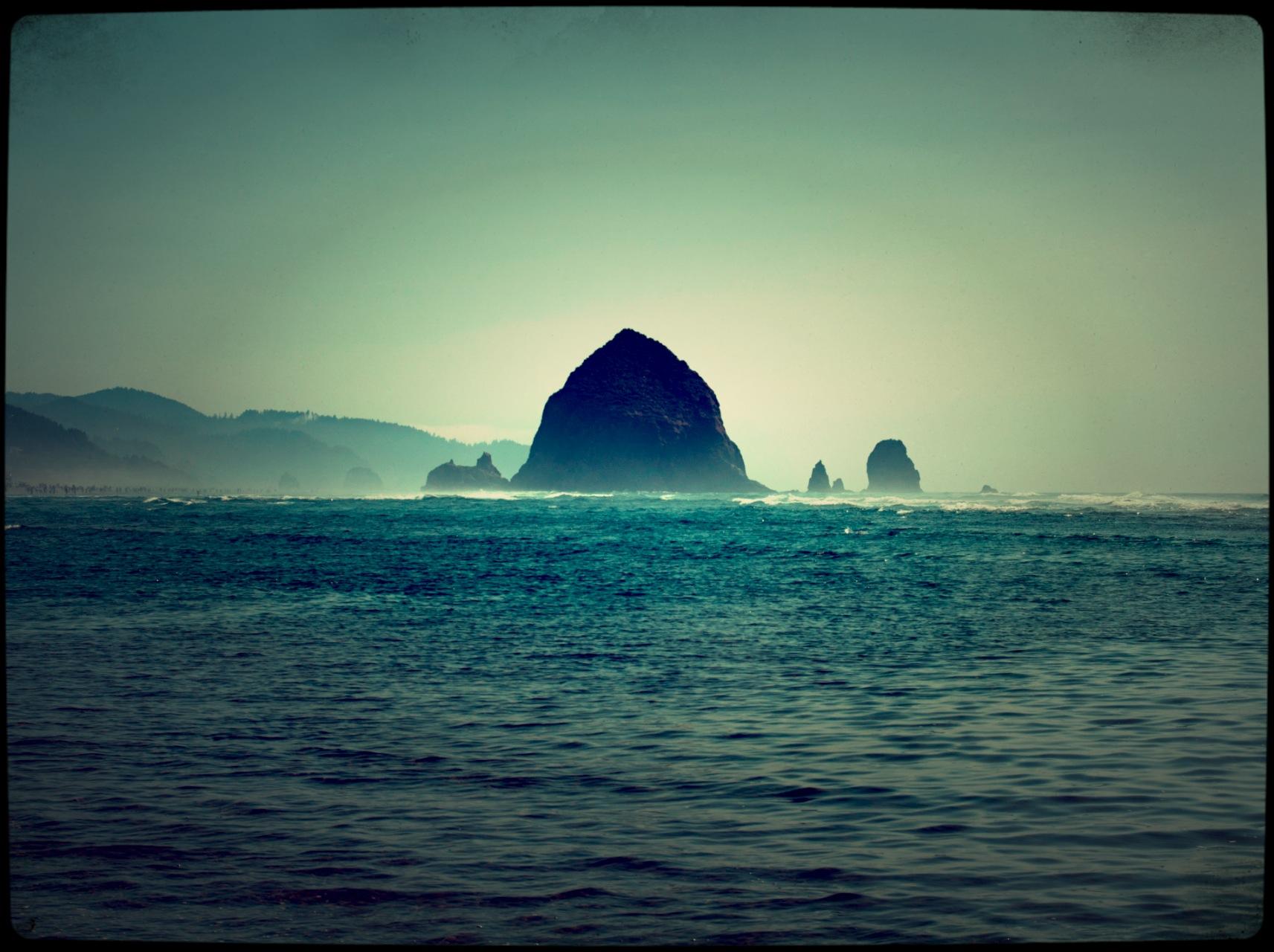 Haystack_Rock
